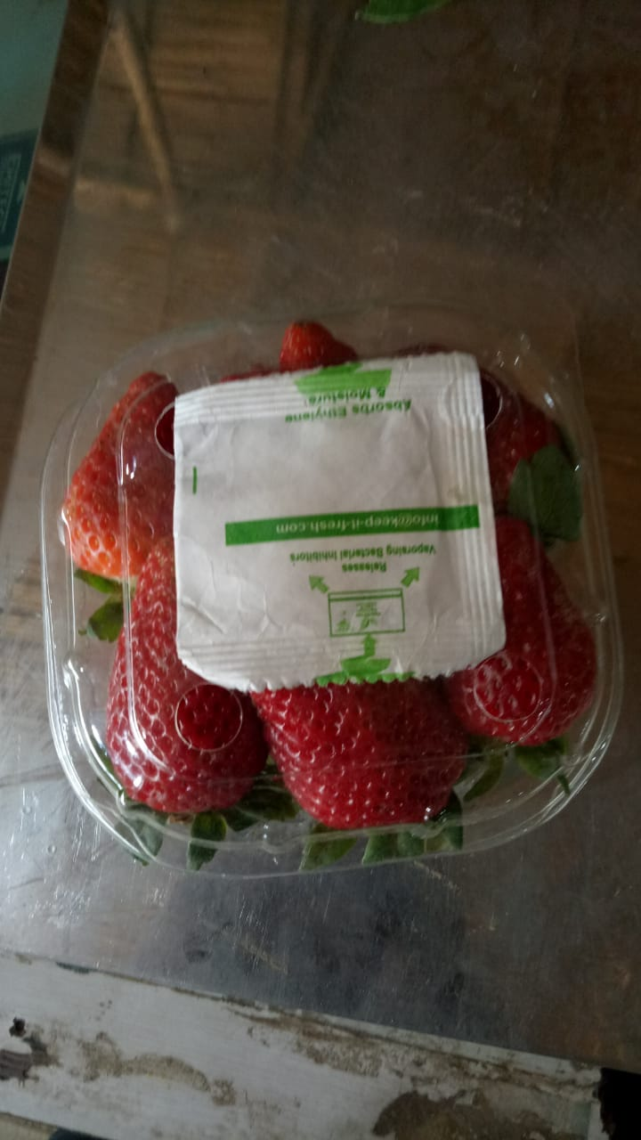 kif sachet strwberry